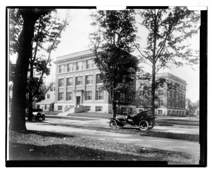 Wolcott Gibbs Memorial Laboratory - 1913 Exterior (copy)