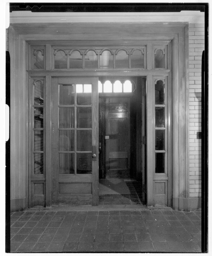 Wolcott Gibbs Memorial Laboratory - Vestibule