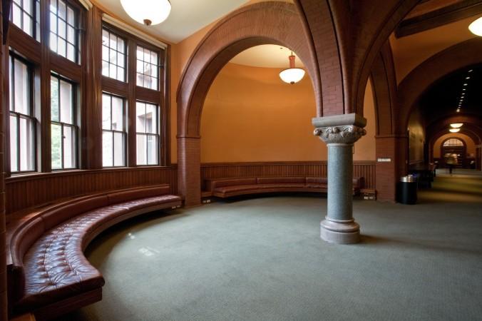 austin hall_interior_hollis